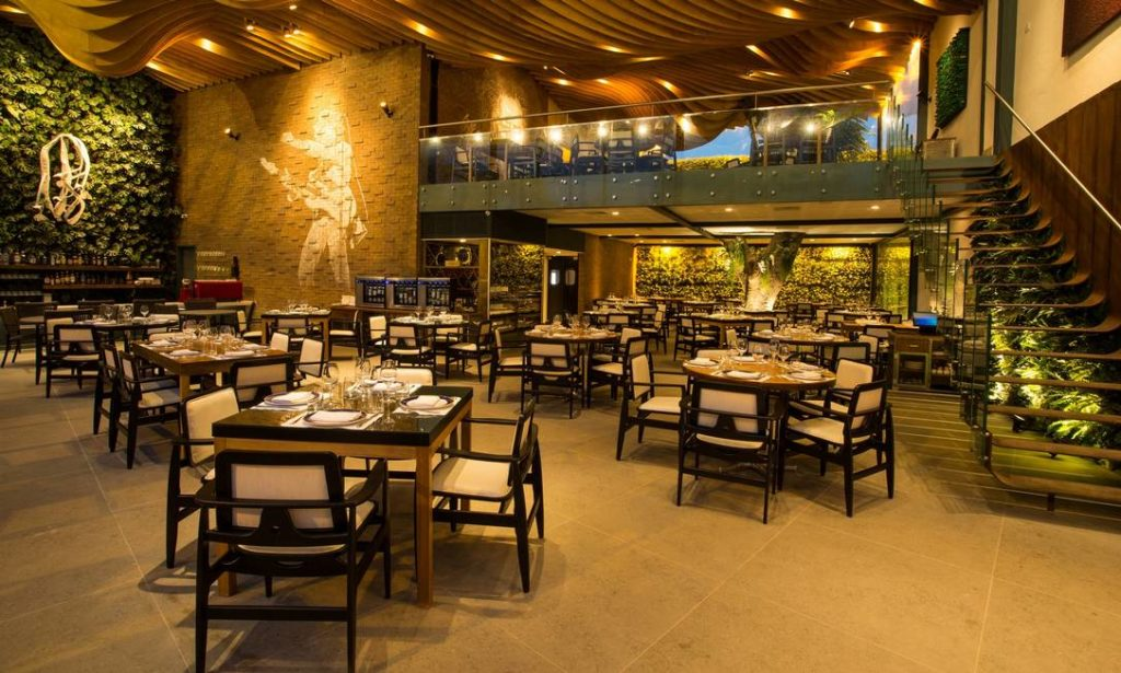 Novos Restaurantes: Charbon Rouge