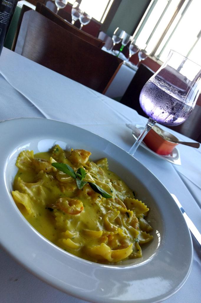 Restaurante Albamar agora se chama Âncoramar: Farfale com camarão e açafrão